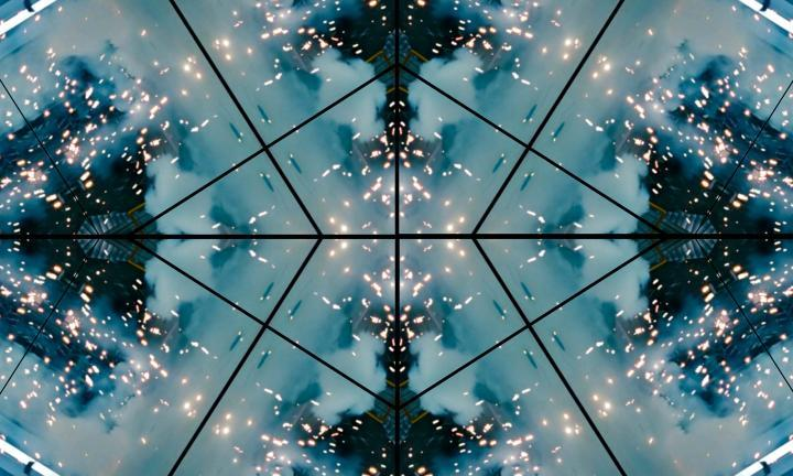 Digital Aura: Sanaz Mazinani - Threshold
