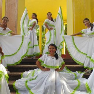 Las Hijas del Maíz Nicaraguan Dance Troupe
